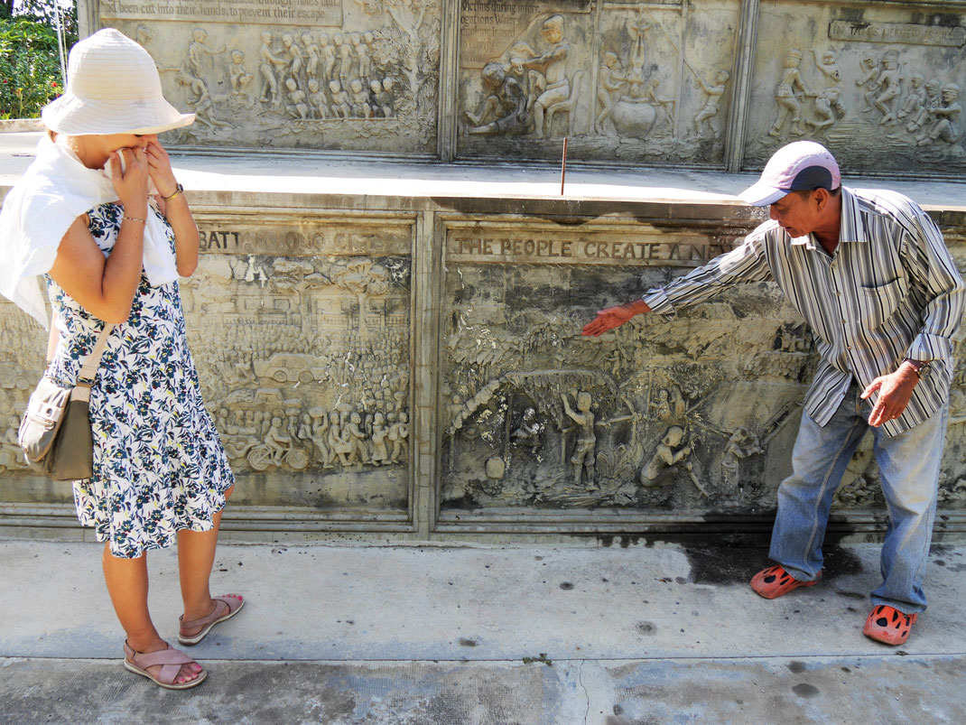 Es ist beeindruckend und kaum erträglich, wenn Phi Lay seine Geschichte schildert, Battambang, Kambodscha (Foto Jörg Schwarz)