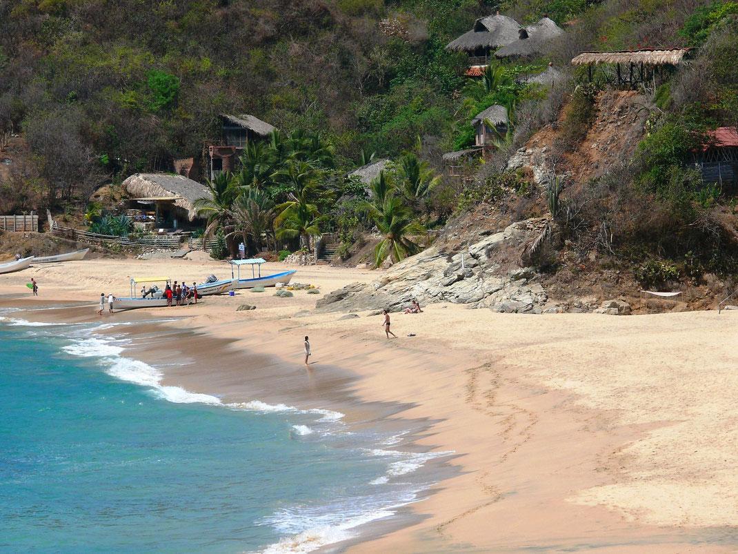 Ein bildschöner Pazifik-Beach bei Puerto Ángel (Foto Jörg Schwarz)