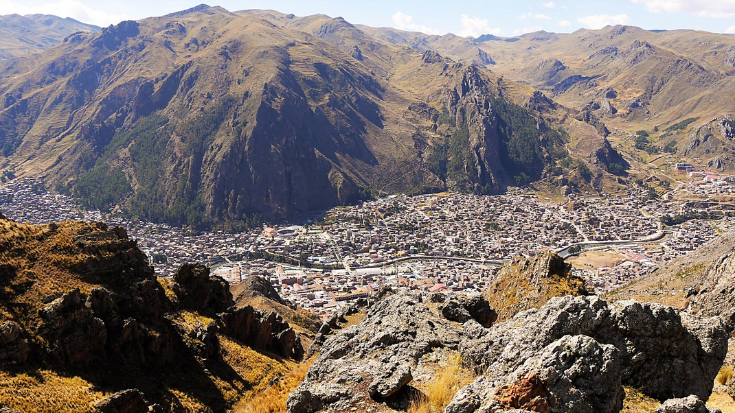 Huancavelica aus der Trekkingperspektive, Huancavelica, Peru (Foto Jörg Schwarz)