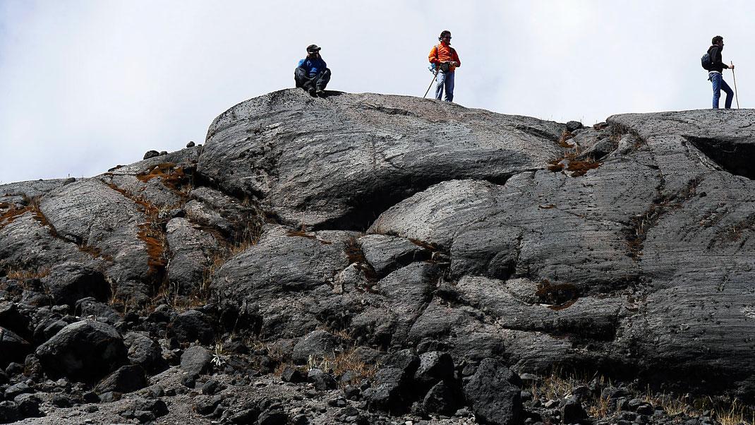 Von Gletschern geformte Felsen bieten beste Weitsicht... Los Nevados, Kolumbien (Foto Jörg Schwarz)