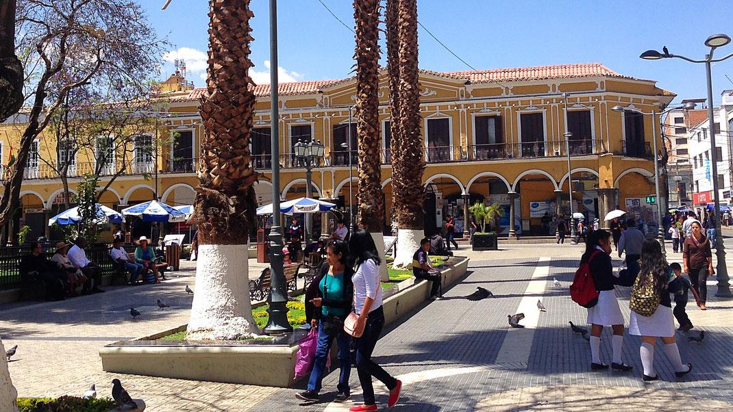 Das unterschätzte Cochabamba: Zumindest hat sie die schönste Plaza Boliviens! Cochabamba, Bolivien (Foto Jörg Schwarz)