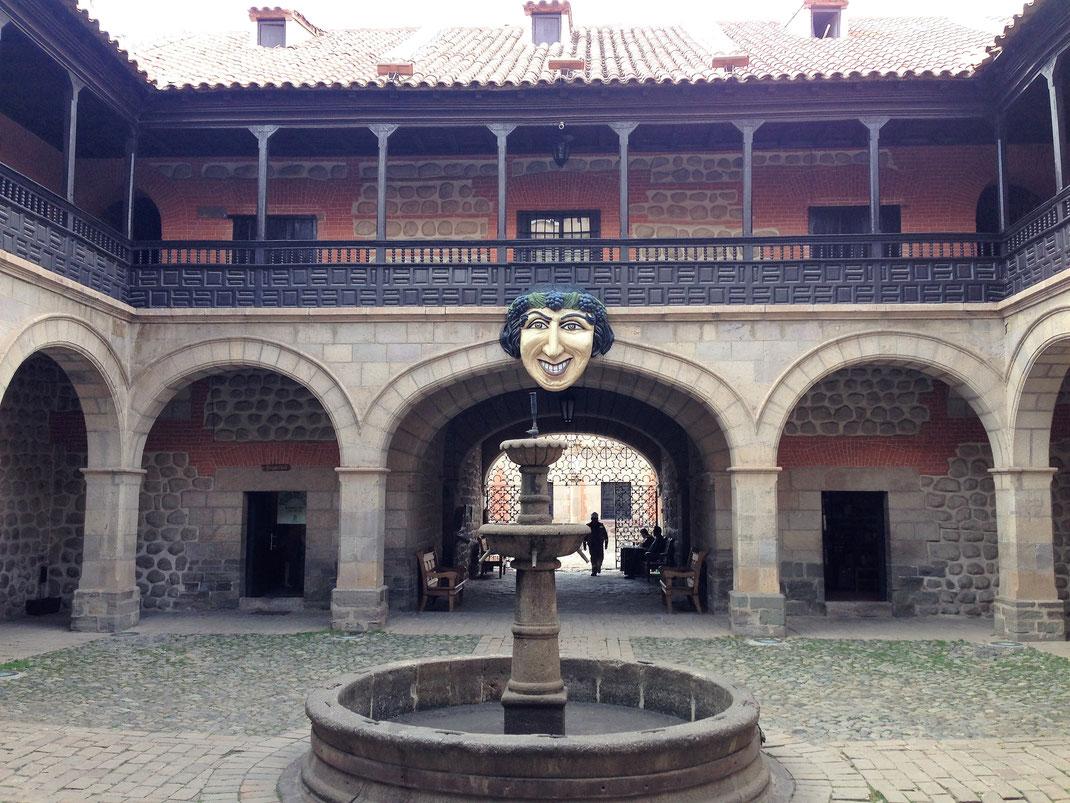 Einer von vielen Innenhöfen des Casa Nacional de la Moneda, Potosí, Bolivien (Foto Jörg Schwarz)