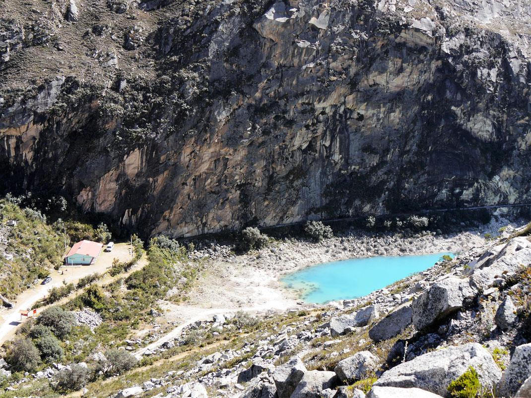 Blick beim Aufstieg auf den Mirador, Caraz, Peru (Foto Jörg Schwarz)