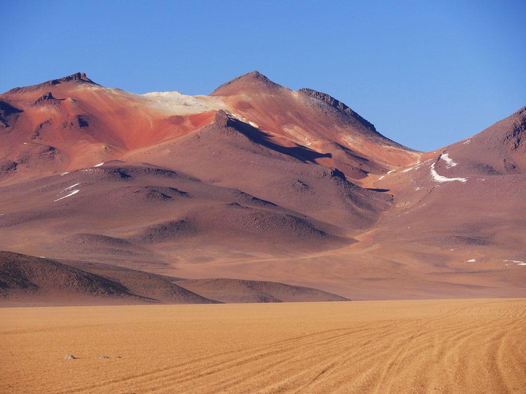 Wundervolle weiche Farben im Desierto de Salvador Dalí, Reserva de Fauna Andina, Bolivien (Foto Jörg Schwarz)
