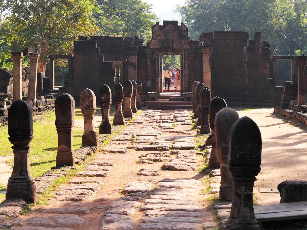 Sicher einer der schönsten Tempelkomplexe im Umfeld Siem Reaps, Banteay Srei, Kambodscha (Foto Jörg Schwarz)