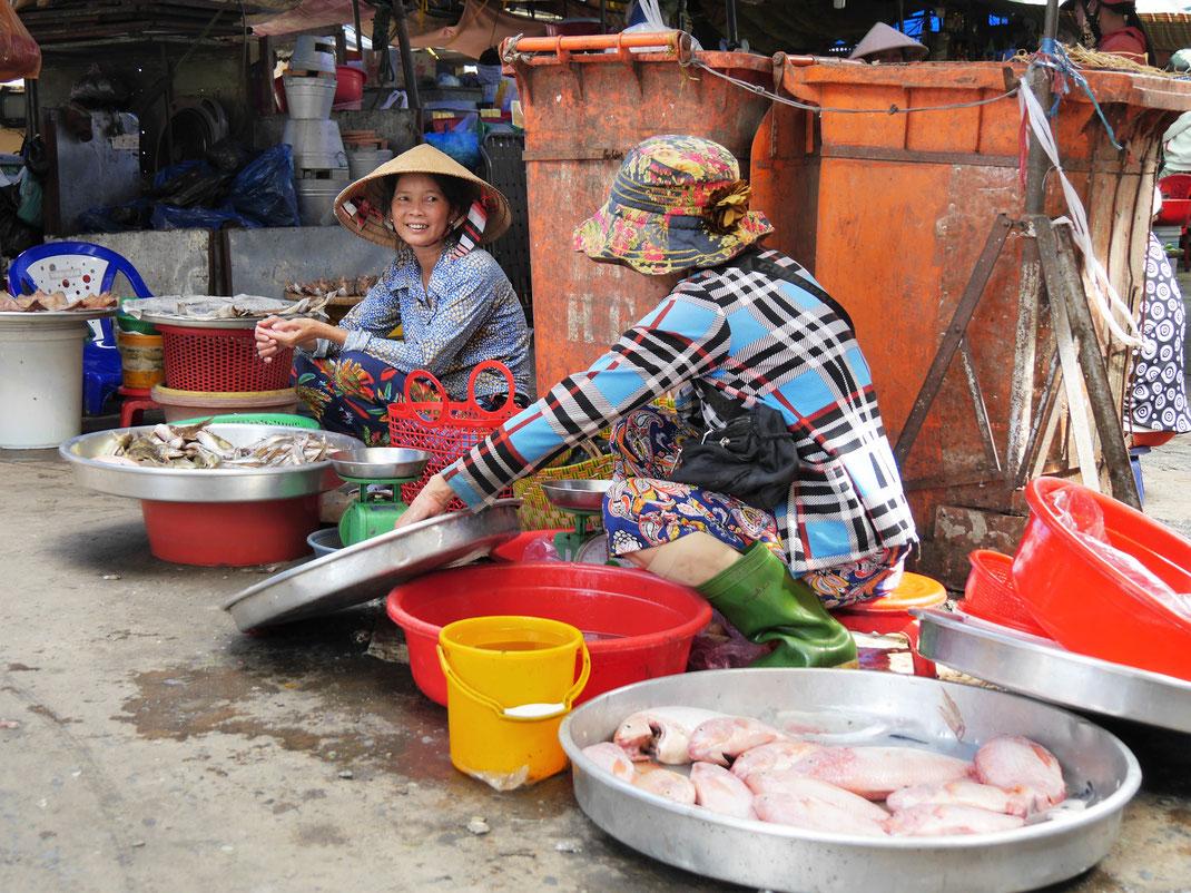 Auch in Chau Doc: Die Märkte hier haben Eventcharakter, Chau Doc, Vietnam (Foto Jörg Schwarz)