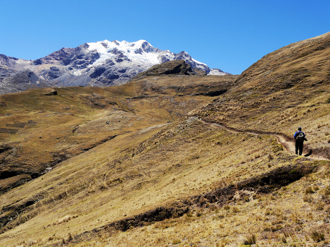 Die Wanderungen und Treks in der Gegend haben es in sich... Bei Sorata, Bolivien (Foto Jörg Schwarz)