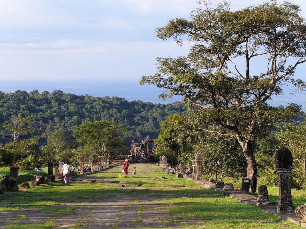 Was für eine atemberaubende Landschaft... Prasat Preah Vihear, Region Preah Vihear, Kambodscha (Foto Jörg Schwarz)