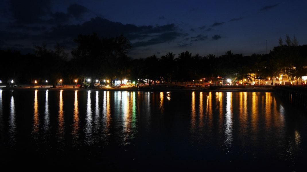 Auch am Abend vom Pier aus ist der Strand eine Wucht! Koh Rong, Kambodscha (Foto Jörg Schwarz)