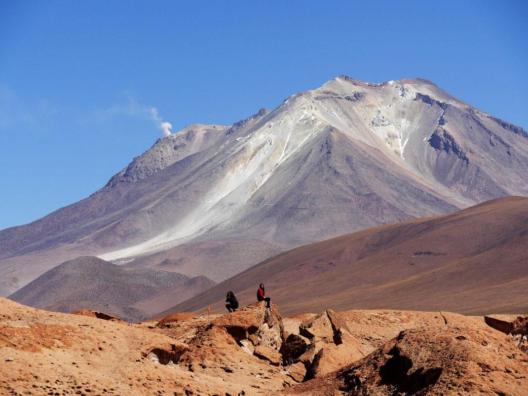 Der noch aktive Vulkan Ollagüe, Reserva Nacional de Fauna Andina Eduardo Avaroa, Bolivien (Foto Jörg Schwarz)