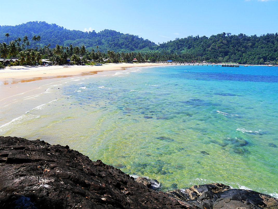 Die wundervolle Bucht des Juara Beach auf Tioman Island, Malaysia (Foto Jörg Schwarz)