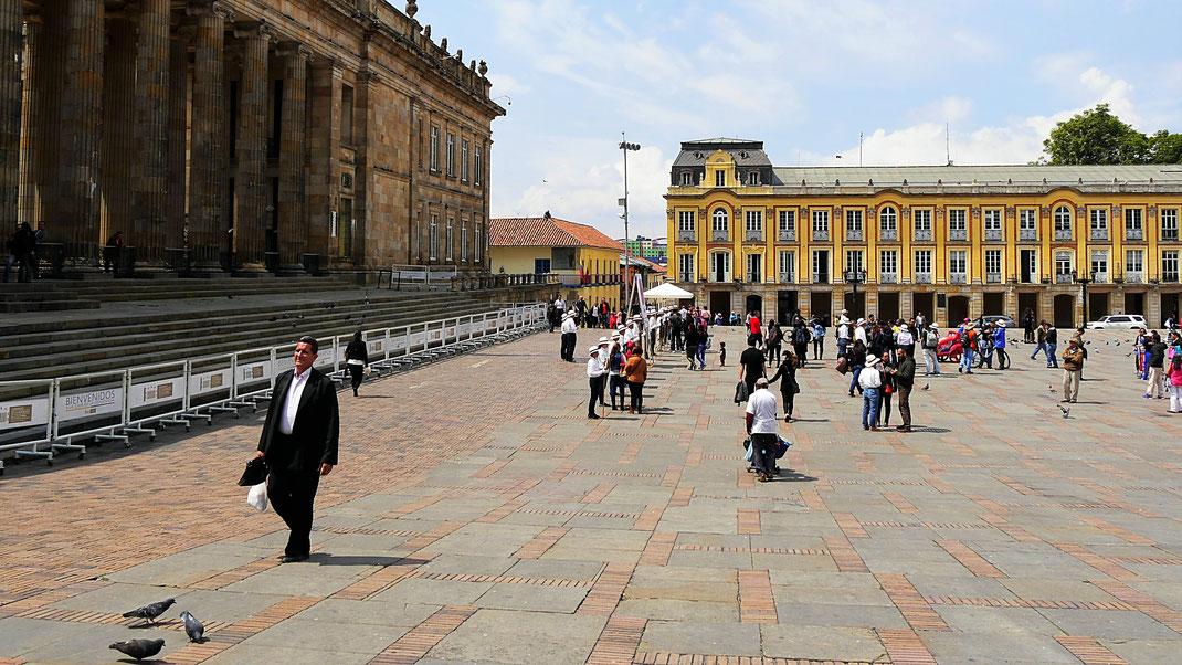 Die Plaza Bolívar, Bogotá, Kolumbien (Foto Jörg Schwarz)