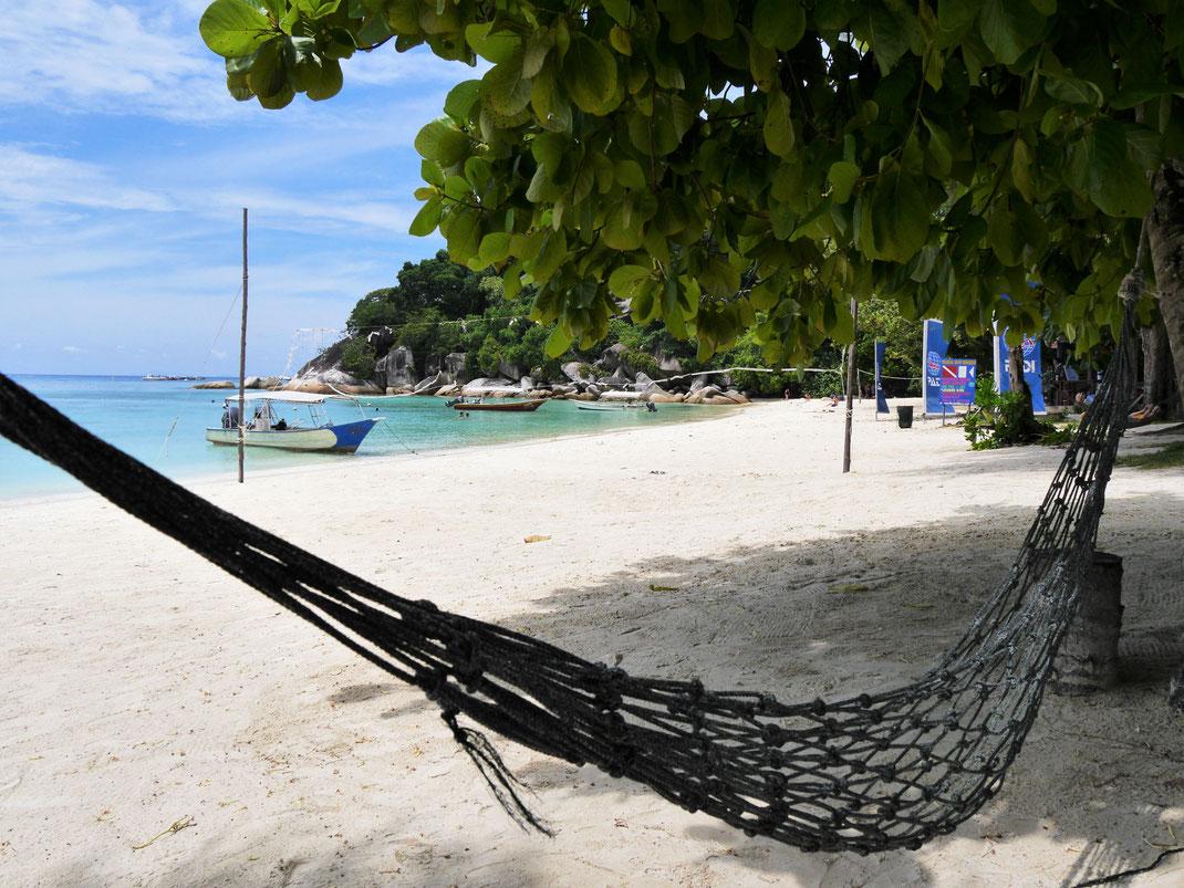 Flora Bay: Hier kann man es schon ein paar Stunden aushalten... Pulau Perhentian Besar, Malaysia (Foto Jörg Schwarz)