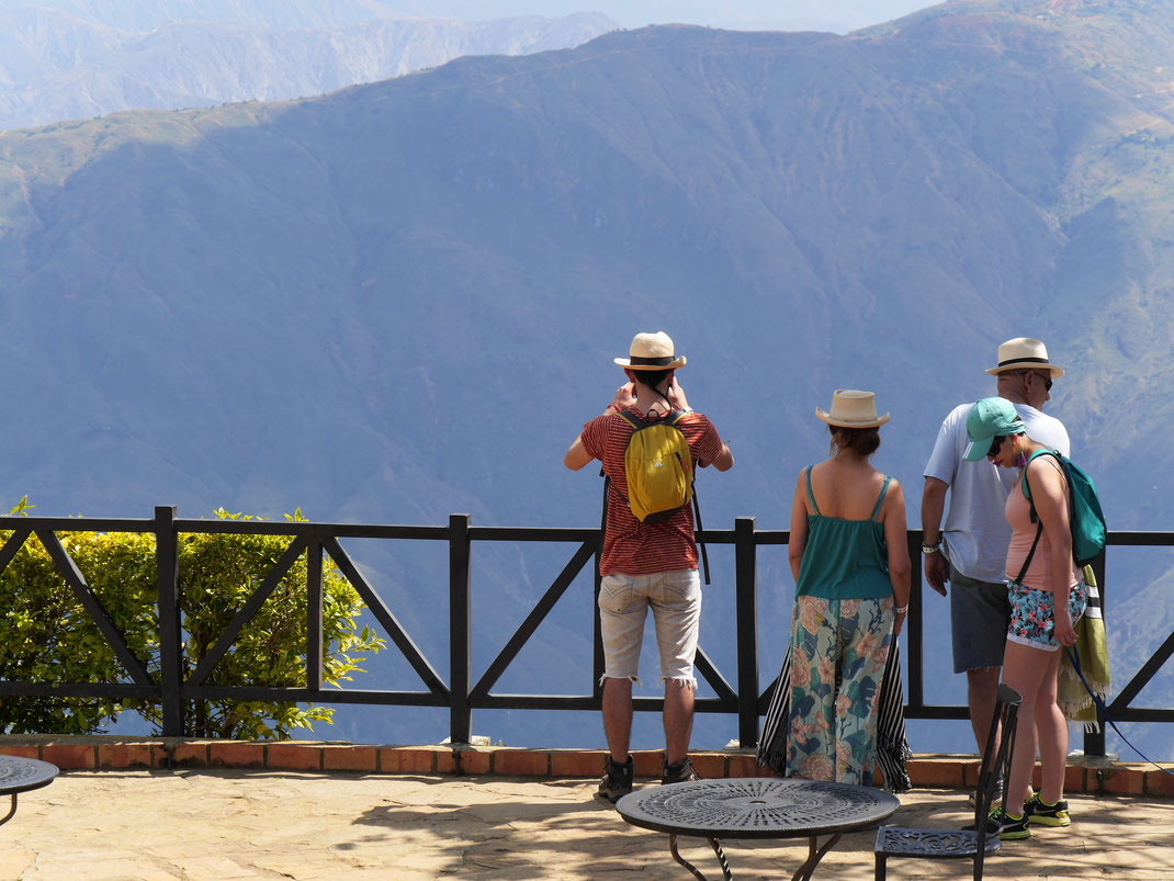 Wow, wie erhebend! 1.200 m tief ist er, der Canon... NP Chicamocha, Kolumbien (Foto Jörg Schwarz)
