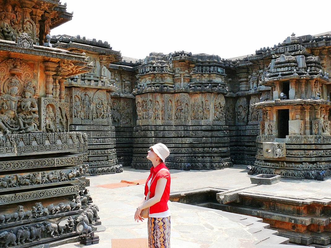 Spurenwechsler BLOG Reiseblog TIPS Kultur Highlights Schwarz Jörg Indien Karnataka, Tempel Skulpturen