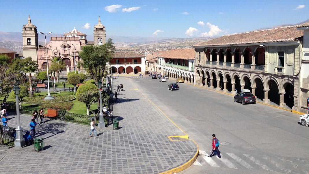Blick auf die Plaza de Armas, Ayacucho, Peru (Foto Jörg Schwarz)