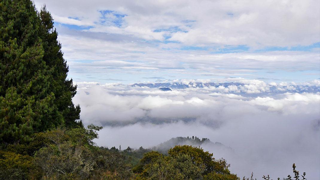 Atemberaubendes Wolkenspiel da, wo eigentlich Monguí sein sollte... Monguí, Kolumbien (Foto Jörg Schwarz)