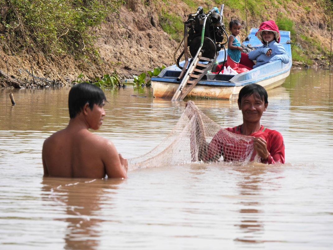 Wo Wasser steht, wird gefischt, Bei Takeo, Kambodscha (Foto Jörg Schwarz)