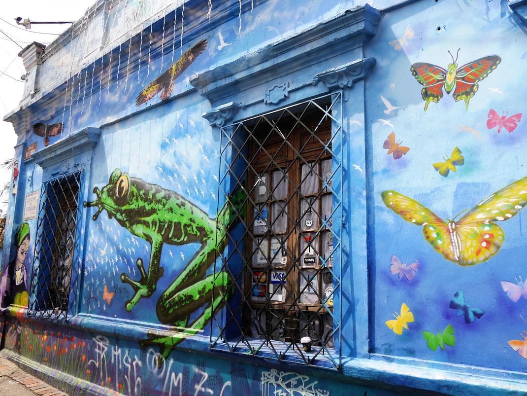 Vor allem in Candelaria muss man sich nur einmal um die eigene Achse drehen und siehe da: Streetart satt! Bogotá, Kolumbien (Foto Jörg Schwarz)