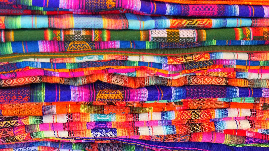 Bolivien ist definitiv bunt! Uyuni, Bolivien (Foto Jörg Schwarz)