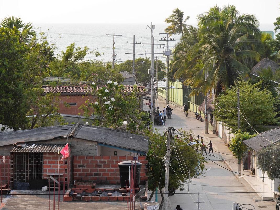 Eine ganz normale Kleinstadt am Meer, Tolú, Kolumbien (Foto Jörg Schwarz)