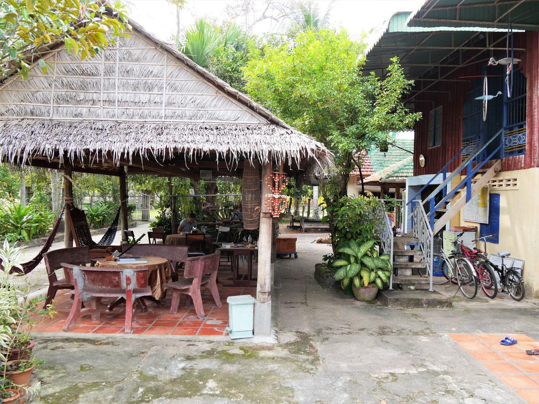 Wir leben praktisch mit der Familie eine Woche lang zusammen... Meas Homestay, bei Takeo, Kambodscha (Foto Jörg Schwarz)
