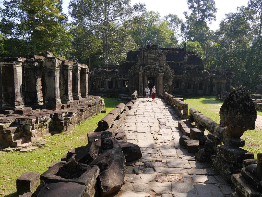 Die Nagaschlangengottheit begleitet den Besucher in nahezu jeder Anlage, Banteay Kdei, Kambodscha (Foto Jörg Schwarz)