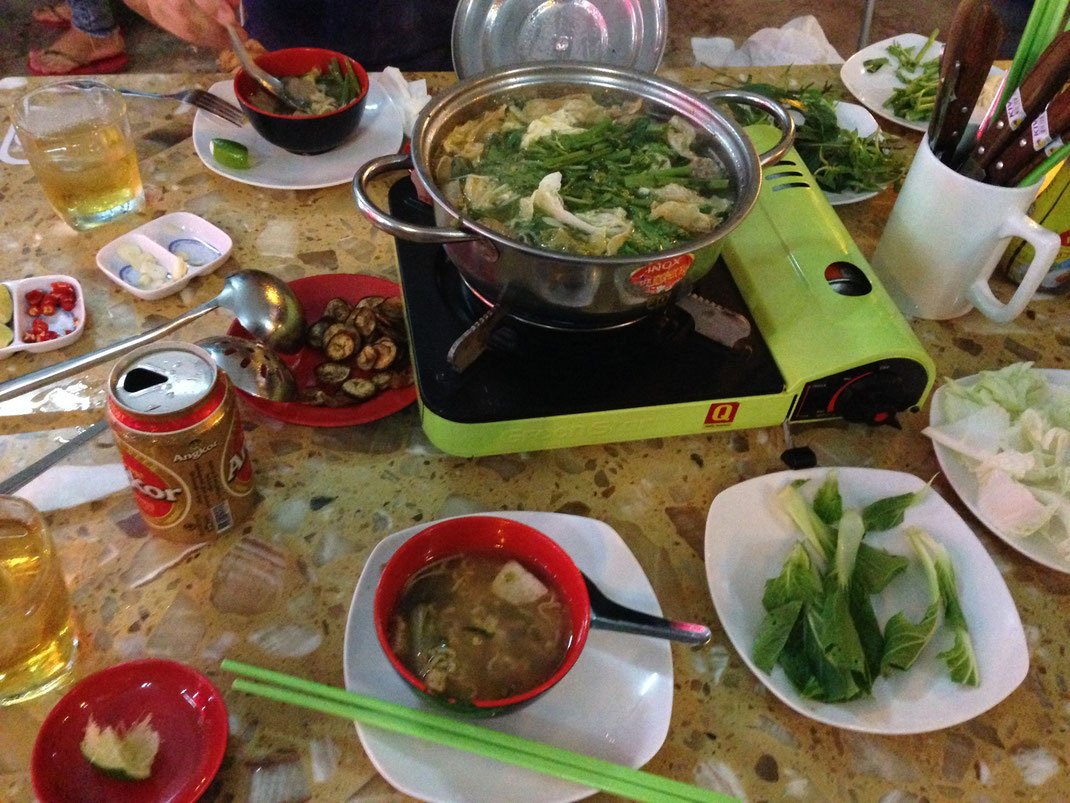 Und gegessen haben wir in diesem Laden hier wirklich vorzüglich... Koh Kong City, Kambodscha (Foto Jörg Schwarz)