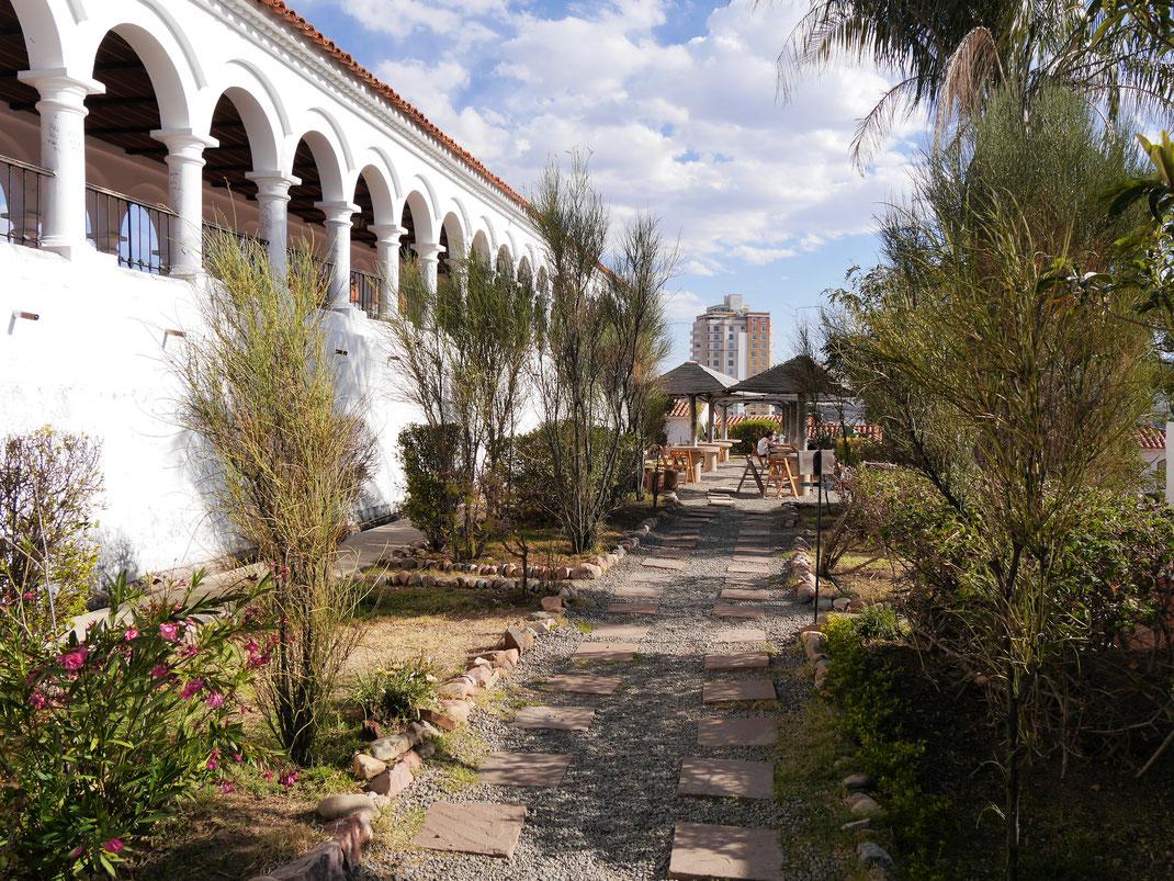 Die Cafés und Restaurants der Stadt haben Charme, Ambiente und eine hohe Qualität, Sucre, Bolivien (Foto Jörg Schwarz)