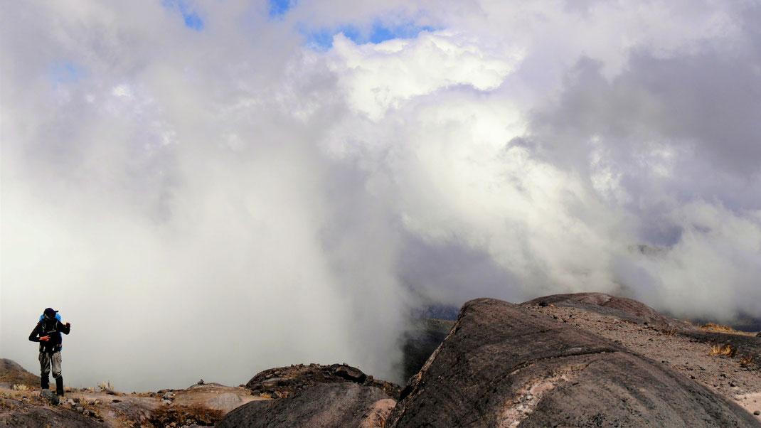 Spurenwechsler Reiseberichte Reise Reisetipps Informationen Wandern Trekking Trekkingtouren Kolumbien Peru Bolivien Anden outdoor slowtravel slow travel weltenbummler Natur