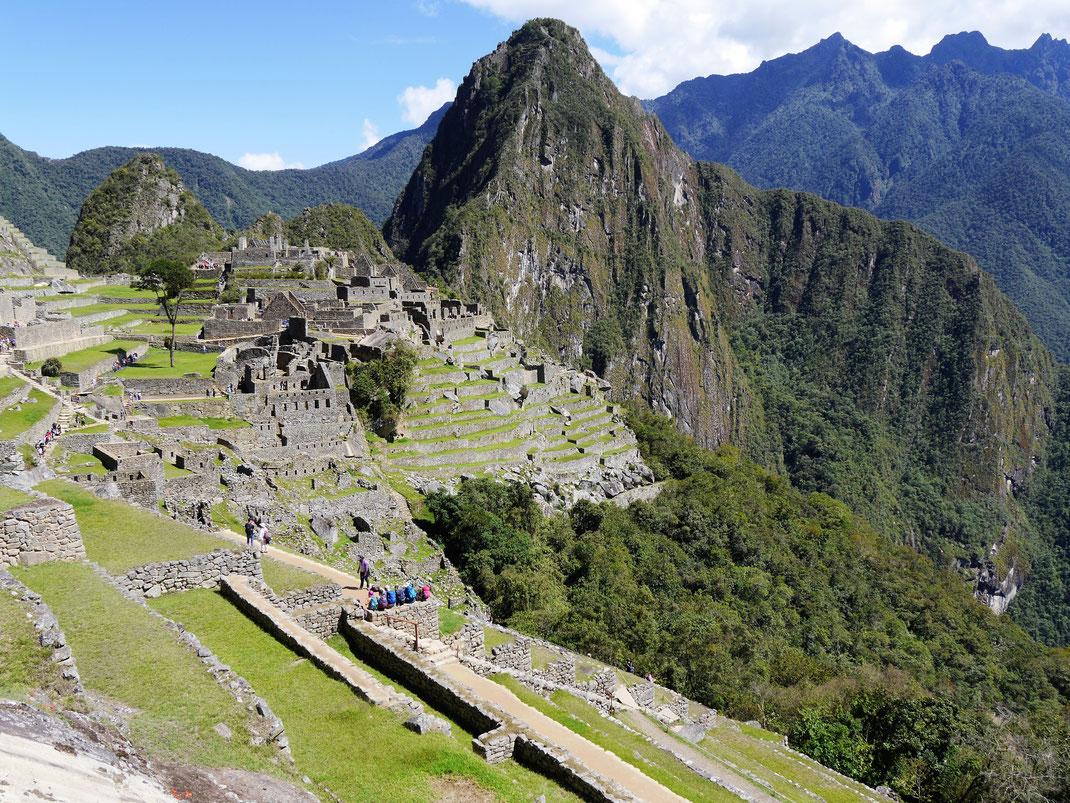 Beeindruckend auch aus der Seitperspektive: Machu Picchu, Peru (Foto Jörg Schwarz)