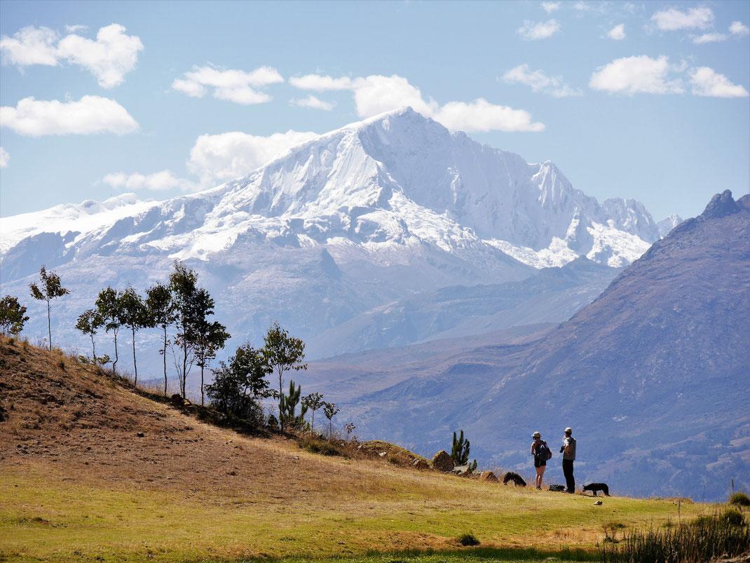Nirgendwo sieht man die Cordillera Blanca besser, als von hier! Huaraz, Peru (Foto Jörg Schwarz)