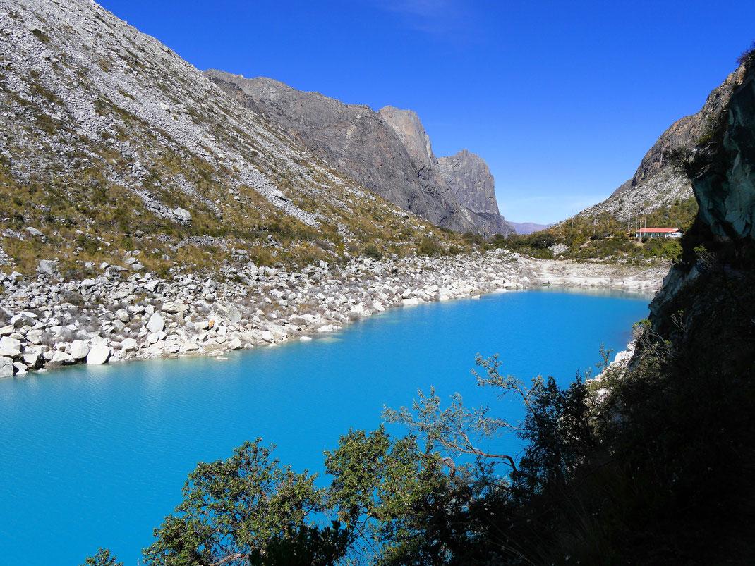 Was für ein Türkies... Caraz. Peru (Foto Jörg Schwarz)