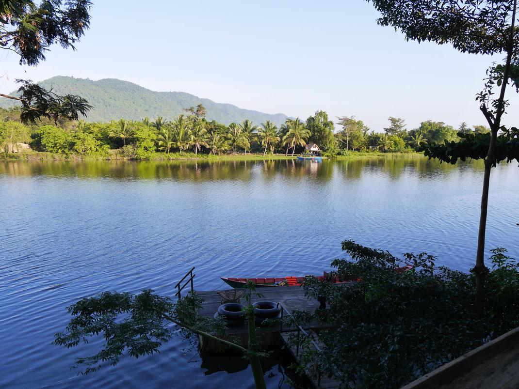 Unser chilliger Schwimm- und Liegepier... Bei Kampot, Kambodscha (Foto Jörg Schwarz)