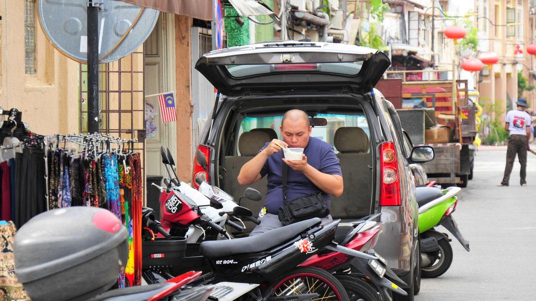 Impressionen aus Spurenwechsler Reiseblog Reise Slow Travel slowtravel Reisereportagen Reiseberichte Reisetipps Natur Kultur Malaysia Fotografie Backpacker Weltreise Weltenbummler outdoor worldnomad