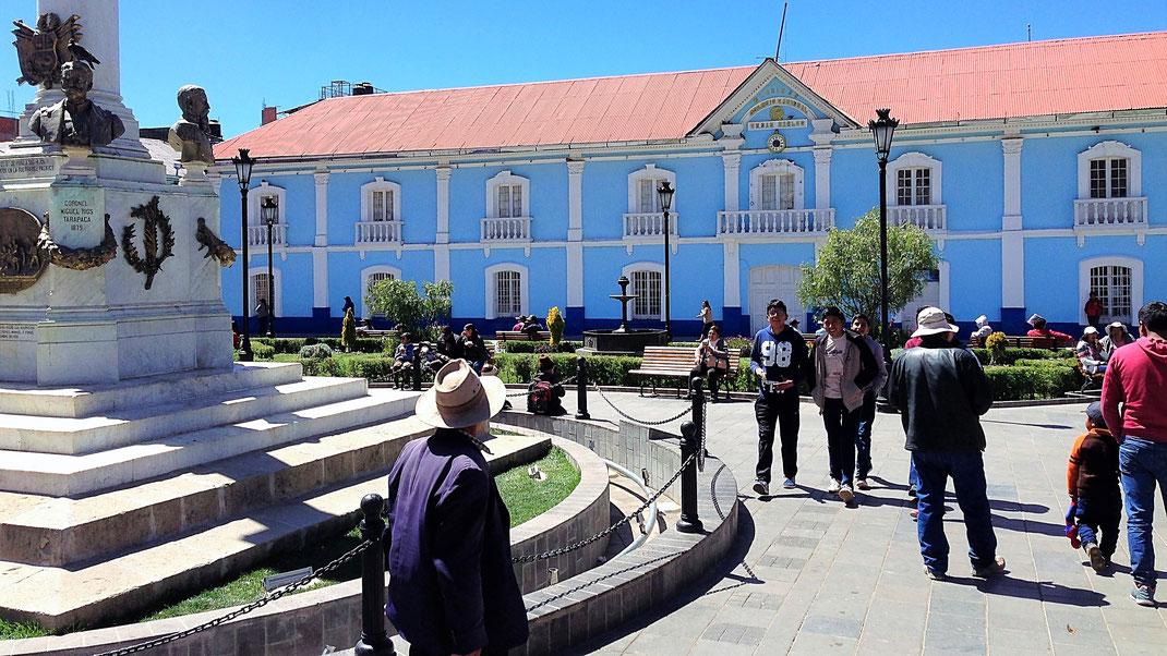 Auch Puno kann sich mit kolonialer Pracht schmücken, Puno, Peru (Foto Jörg Schwarz)