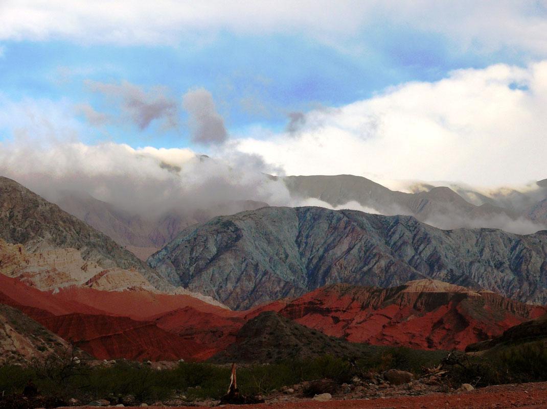 Atemberaubende Bergwelt in der Quebrada de las Conchas (oben und unten) (Fotos Jörg Schwarz)