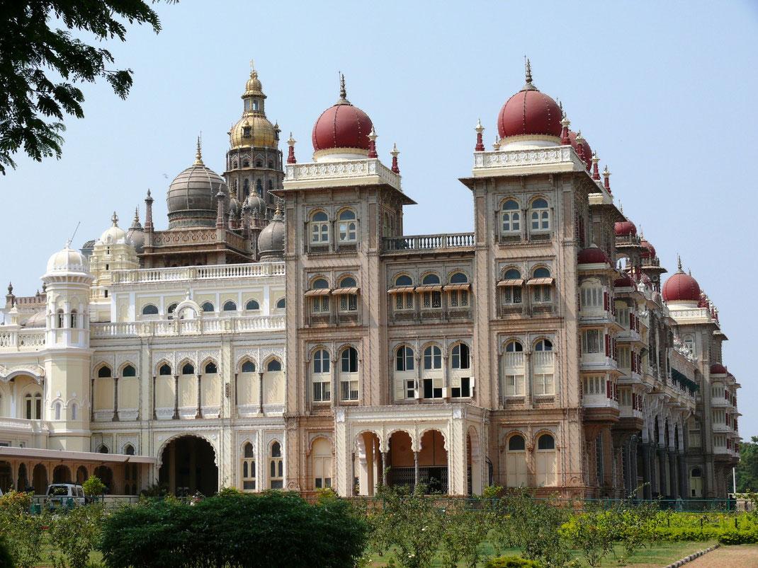 Der Maharadscha-Palast in Mysore  (Foto Jörg Schwarz)