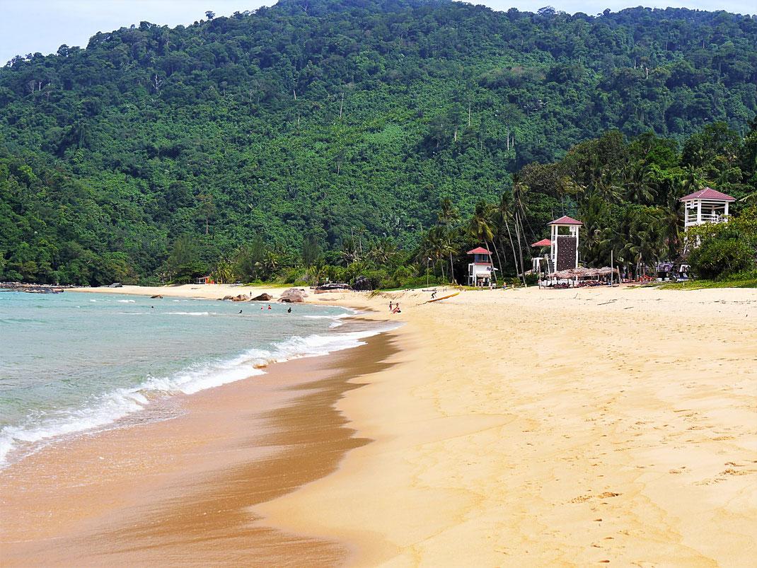 Ein atemberaubender Streifen Sand... Juara Beach, Pulau Tioman, Malaysia (Foto Jörg Schwarz)