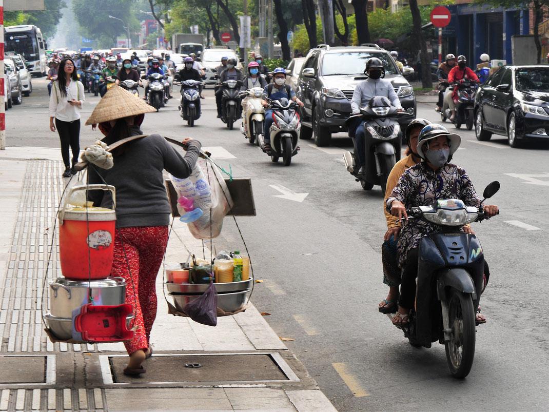 Nur der ganz normale Wahnsinn... Ho-Chi-Minh-Stadt, Vietnam (Foto Jörg Schwarz)