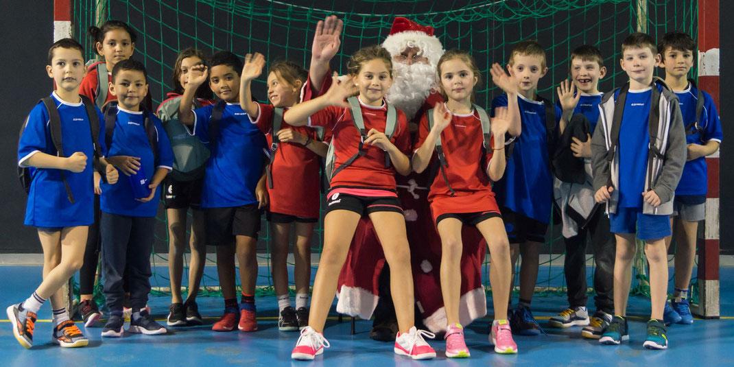 L'équipe de la JA Isle Handball présente au tournoi