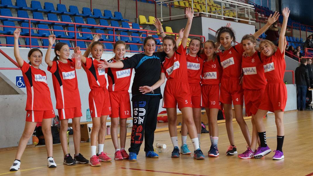 L'équipe des moins de 13 ans filles de la JA Isle Handball a gagné...