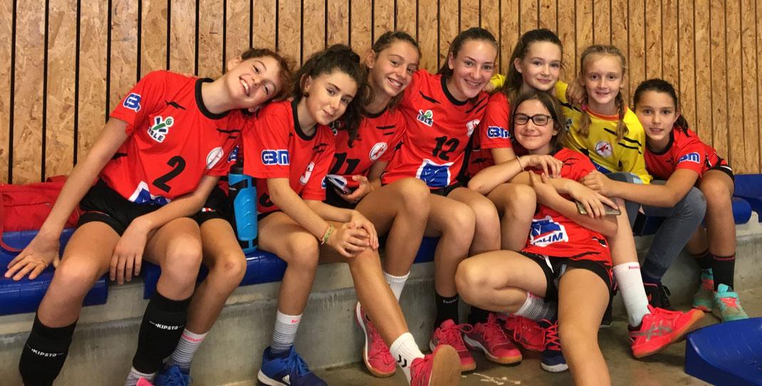 Toute l'équipe des -13F de la JA Isle Handball