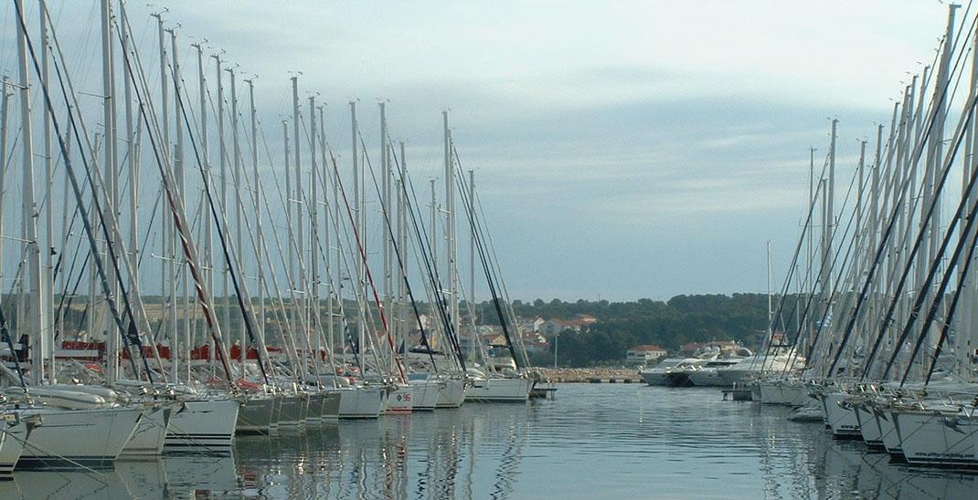 küstenpatent, kroatisches Küstenpatent, Boat Skipper B, FB1, FB2, FB3, SRC, UBI, Skippertraining
