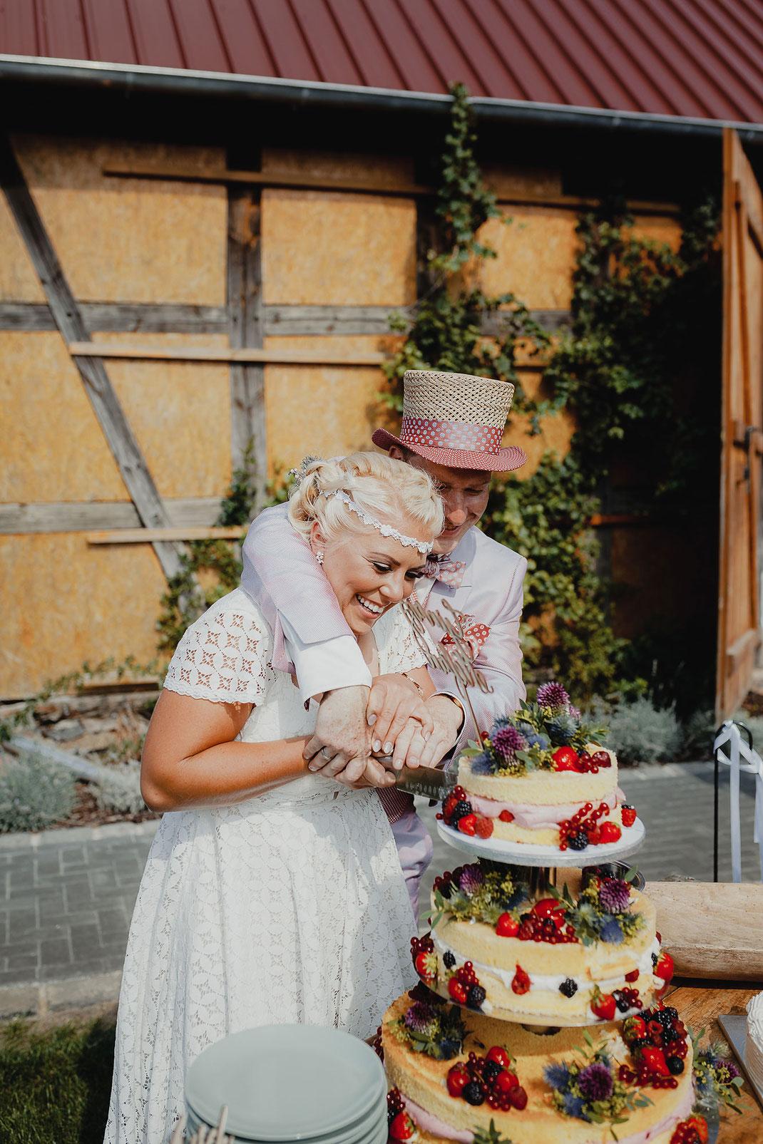 Hippy Boho Hochzeit in der Feldscheune Schöbendorf