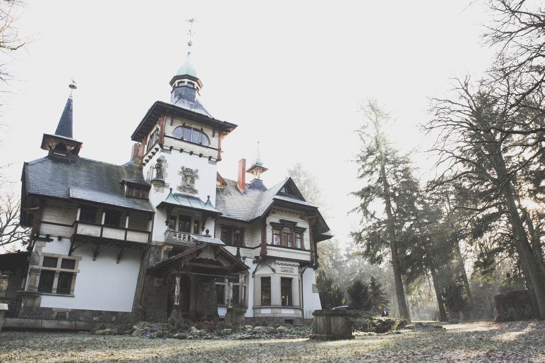 Hochzeitsfotograf Berlin Brandenburg Vintage Boho Wedding Schloss Heinrichshorst Winter Blumenkranz