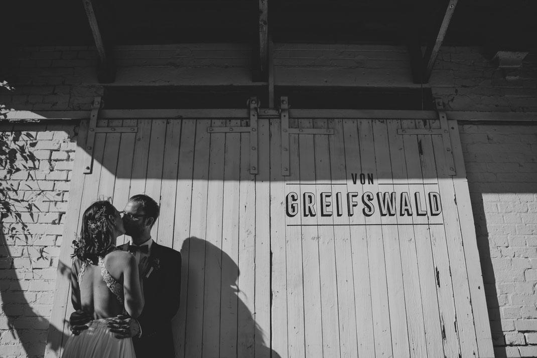 Hochzeitsfotograf Berlin Vintage Von Greifswald Brautpaar