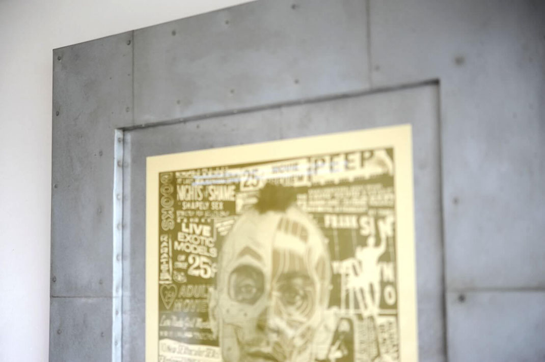 映画 タクシードライバーのポスターに鉄板を使用した額装を製作しました2