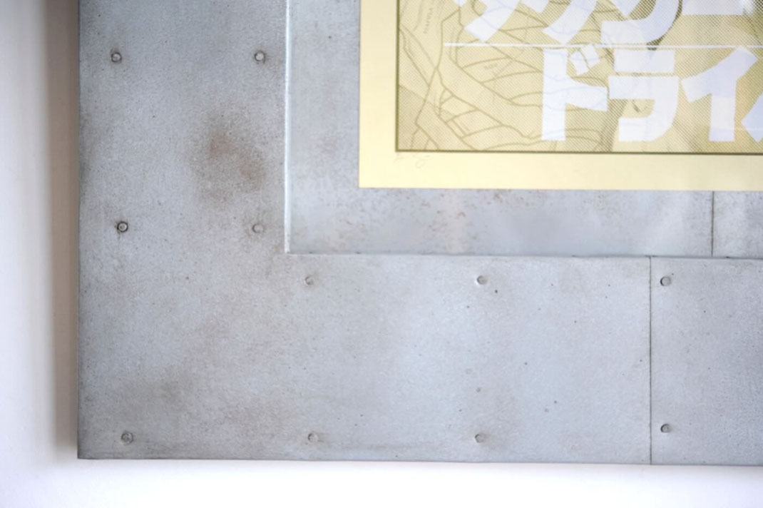 映画 タクシードライバーのポスターに鉄板を使用した額装を製作しました5