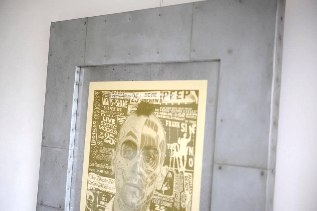映画 タクシードライバーのポスターに鉄板を使用した額装を製作しました6
